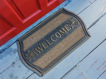 Exterior door mat manufactured with CHEMFAB high temperature oven belts