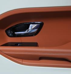 Door panels manufactured in compression moulding with Chemfab industrial process belt