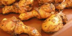 Chicken cooked with CHEMFAB high temperature oven belts