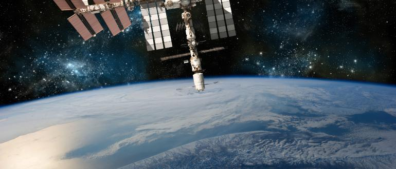 Space stations equipped multilayer insulation blankets made from  CHEMFAB Beta cloth